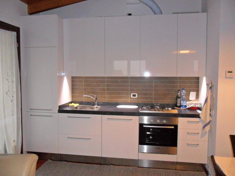 Mobili segato cucine - Illuminazione sottopensile cucina ...